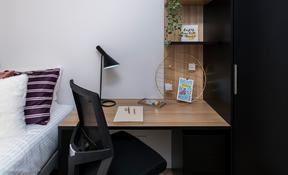 6 Bedroom Apartment—High Floor