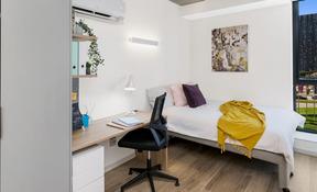 4 Bedroom Apartment Plus -  Low View