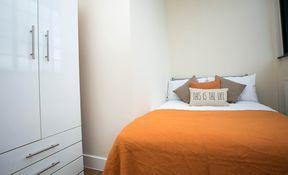 Premium 5 Bed