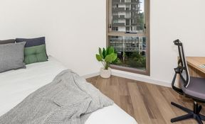 4 Bed Standard- Low View