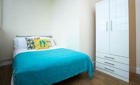 Deluxe 4 Bed (Non En-suite)