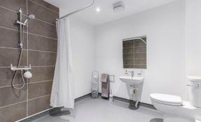 Premium Studio with Wet Room
