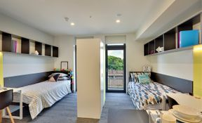 Twin Share Studio With Two Single Beds And Balcony