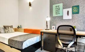 Single Bedroom – 5 Share Apt