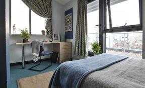 Penthouse En Suite