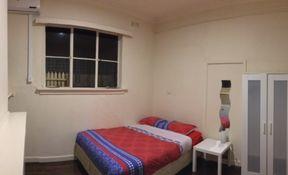 Room 5- Single