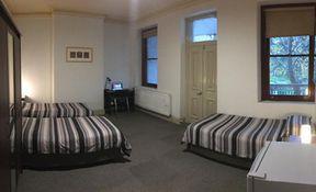 Room 16 - Triple
