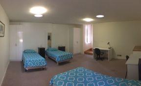 Room 4- Triple