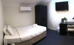 Room 7- Executive Single