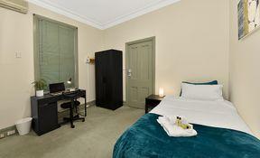 Room 1 - Executive Single