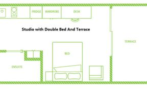 Studio with Double Bed and Terrace