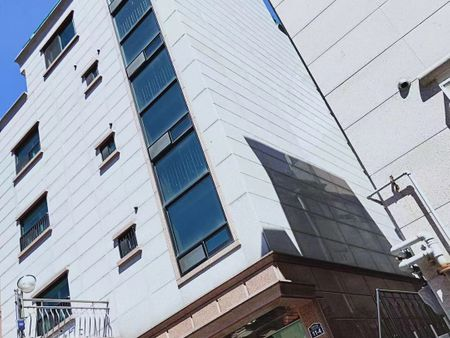 中央4号公寓 Chung-Ang No.4 Residence
