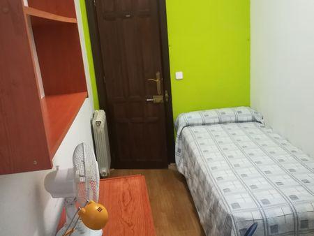 Chinchilla Apartments