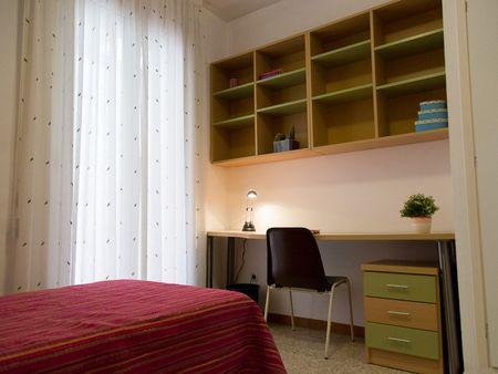 Residencia Femenina la Consolacion