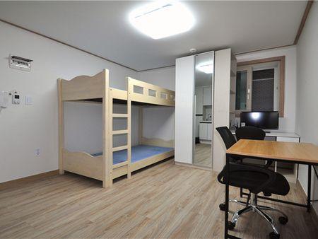 高丽4号公寓 Korea No.4 Residence