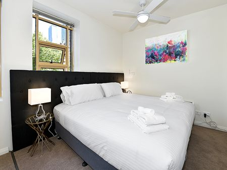 Apartment Stays @ 336 Russel Street