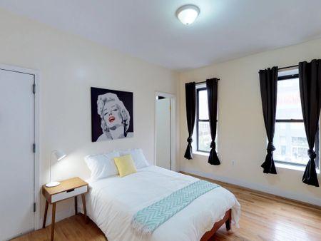 Apollo Manhattan House