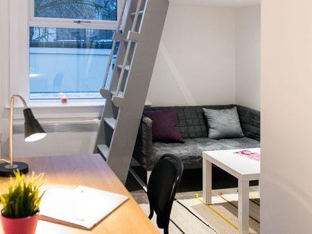 Finsbury Residence - Londonist