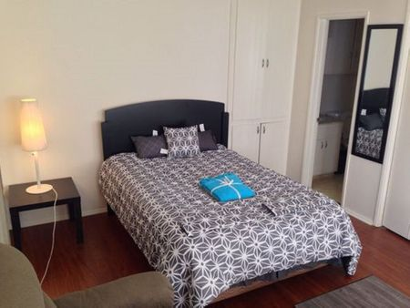 Pelham Studio Apartment