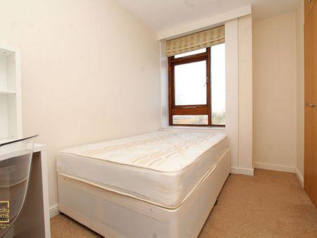 Lyndhurst Court,36-38 Finchley Road NW8 6EX