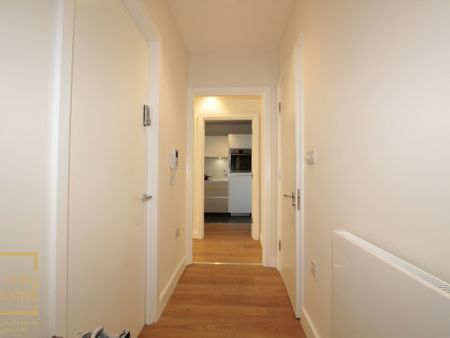 Barquentine Heights,4 Peartree Way SE10 0GU