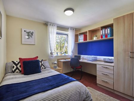 Student accommodation photo for Cadnam Hall in Harborne, Birmingham