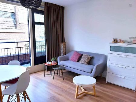 Beautiful studio apartment in the city centre