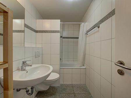 Cosy single bedroom in Bad Cannstatt