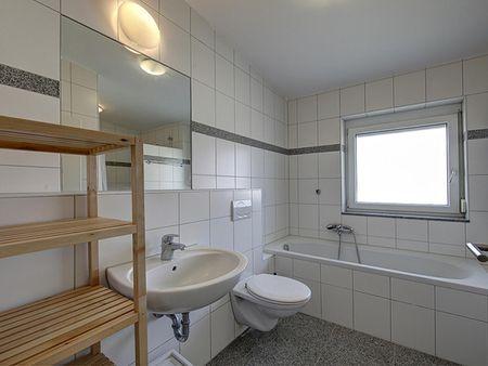 Spacious single bedroom near the Rosensteinbrücke subway station
