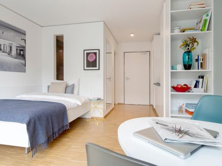 Modern studio apartment in a residence close to Olympiapark