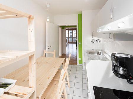 Comfy double bedroom in a 3-bedroom flat, near Technische Universität München