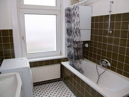 Inviting single bedroom near the Holstenstraße train station