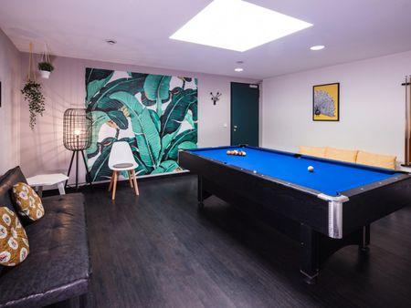 Stylish studio, in a residence near Frankfurt West transport station