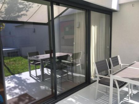 Modern 2 bedroom apartment with a terrace in central Braga