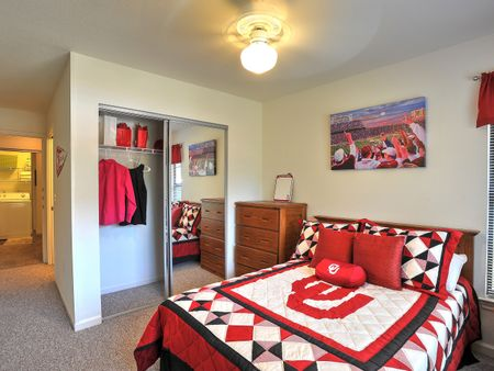 Campus Lodge Apartments
