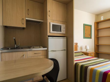 Charming studio in a student residence near Universidad Pontificia de Salamanca