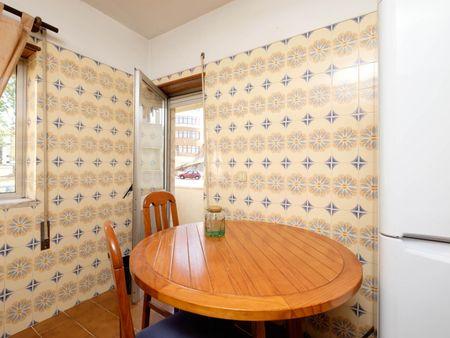Snug single bedroom in Nogueiras