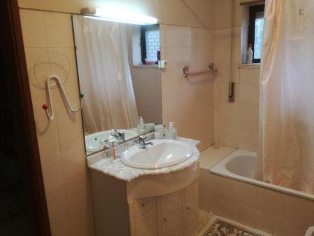 Welcoming Double bedroom in 7-bedroom house