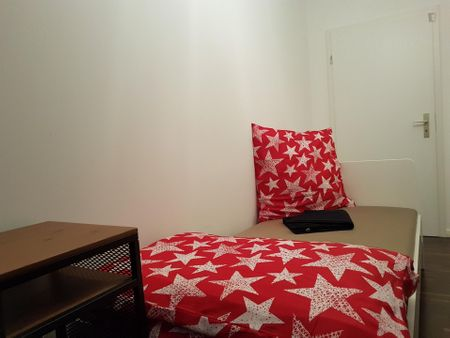 Suitable single bedroom close to opera house