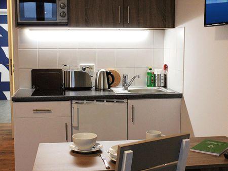 Bright studio in residence in Lichtenberg
