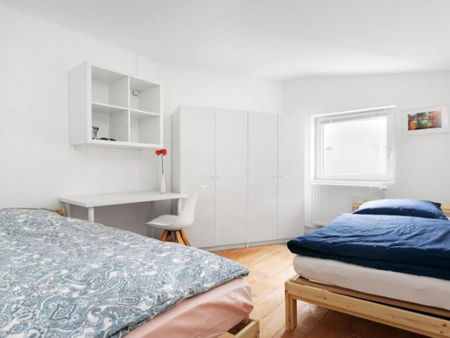 Bed in a twin bedroom in Spandau