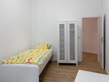 Great double bedroom in shared apartment Kreuzberg