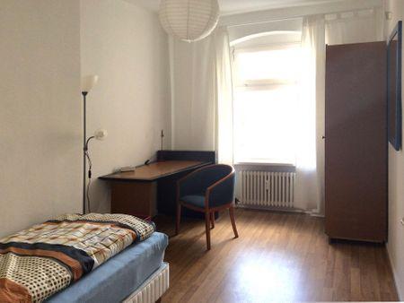 Friendly single bedroom near Esmod Berlin