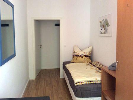 Cool single bedroom close to Esmod Berlin