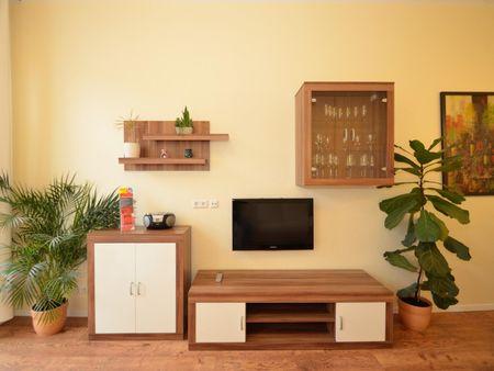 High-quality 1-bedroom flat in Lichtenberg