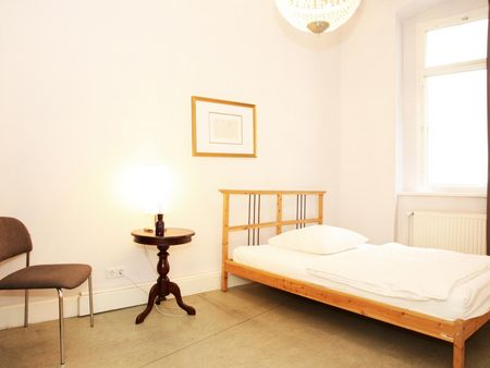 Modern and posh 3-bedroom apartment in central Mitte