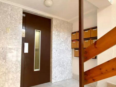 Single bedroom in a 3-bedroom apartment near Plaça del Músic Espí