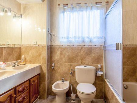Picturesque 3-bedroom apartment in exciting L'Eixample
