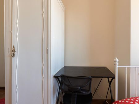 Fantastic double bedroom in a very nice flat