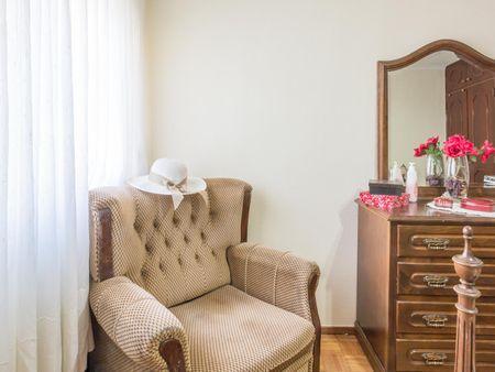 Homely double bedroom in Vila nova de Gaia